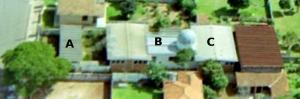 O observatório da UEPG no bairro Boa Vista. A- casa do vigia; B-bloco central do observatório, com sala de reunião e cúpula; C-Mini-auditório